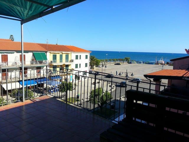 Apartment with Terrace - Marina di Casalvelino - Apartamento