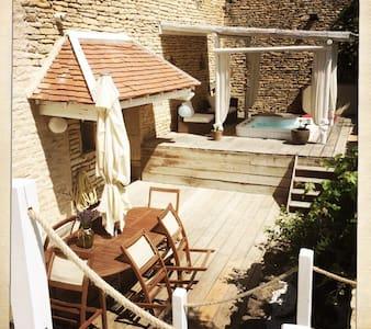 Maison ancienne 1771 - Gemeaux - Rumah