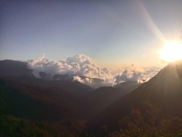 Atardecer de nubes en San José del Pacífico