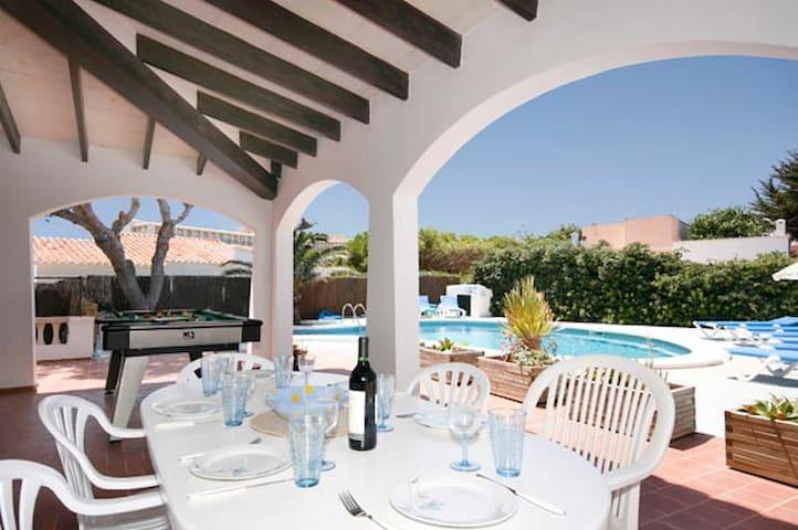 VILLA NURIANA con piscina y vistas - Ciutadella de Menorca - Haus
