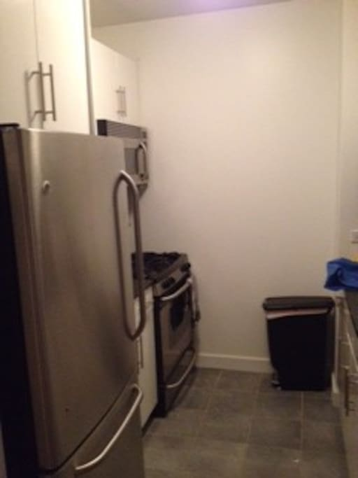 Stainless steel appliances, gas stove