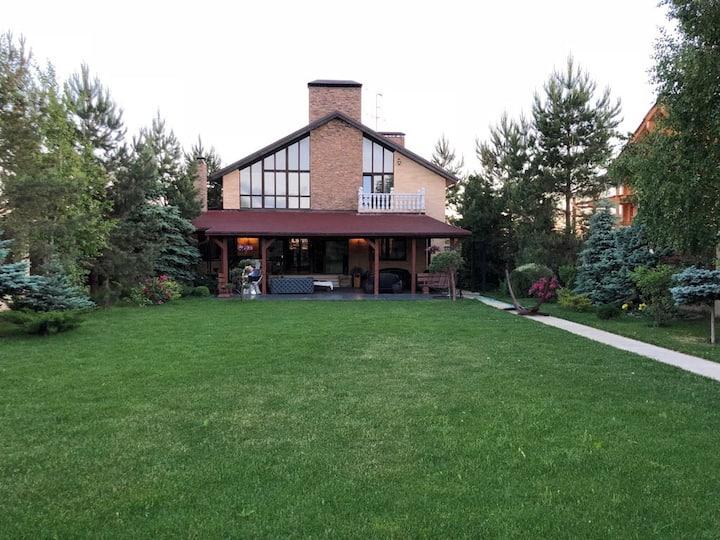 room 4 vinkler house