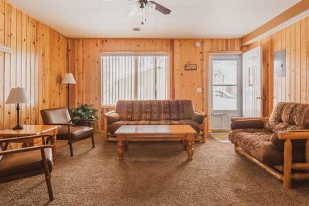 Rustic Rush Lake Condo- Shady Grove Resort Unit 16