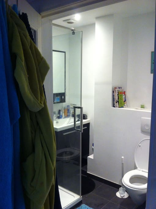 Salle d'eau salle de bain, douche à l'italienne