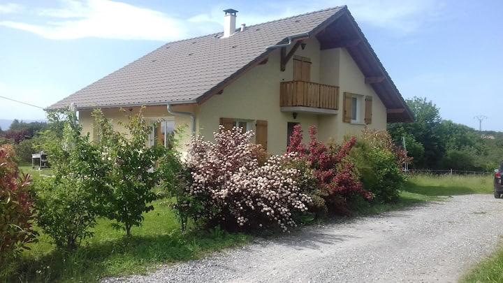 maison individuelle avec jardin Lac et montagnes