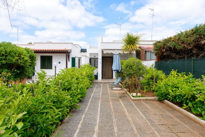 Beautiful villa for 4 people - Lido Specchiolla