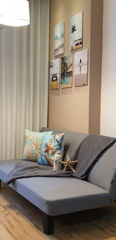 ⛱ Brooklyn Apartment Sea Side Theme Studio
