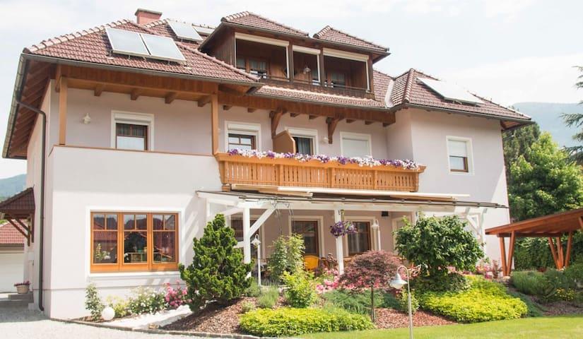 Haus Rosenheim am Millstätter See - Seeboden - Byt