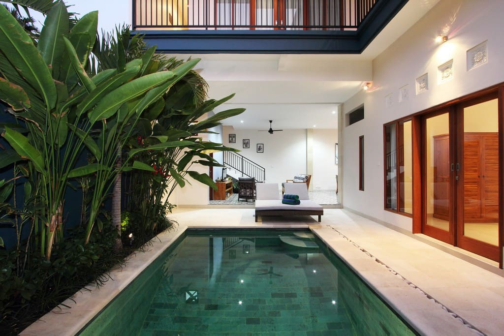 Open aired living Bali style at Villa Indy