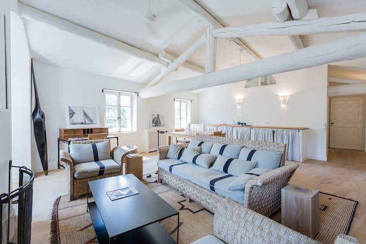 LOFT, 70m,épuré, style maison col - Alleins