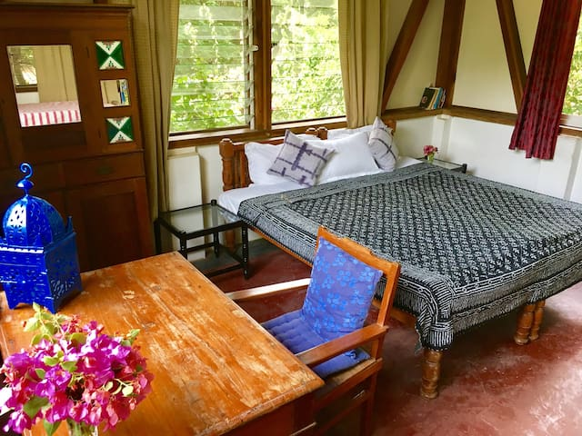 Charming Room 1 to 3 guests near Serenity Beach