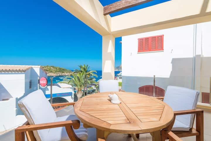 SEIRA - Chalet with sea views in Sant Elm. Free WiFi