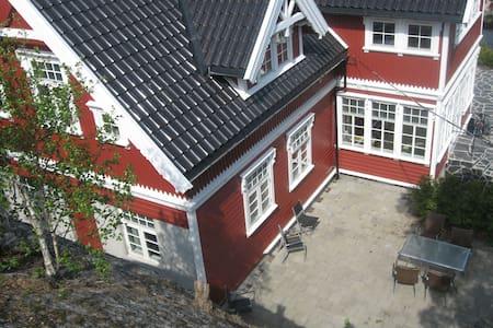 Cosy studioappartment in swissvilla (no 4) - Kristiansand