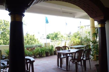 A family room for a pleasant stay - Pondichéry