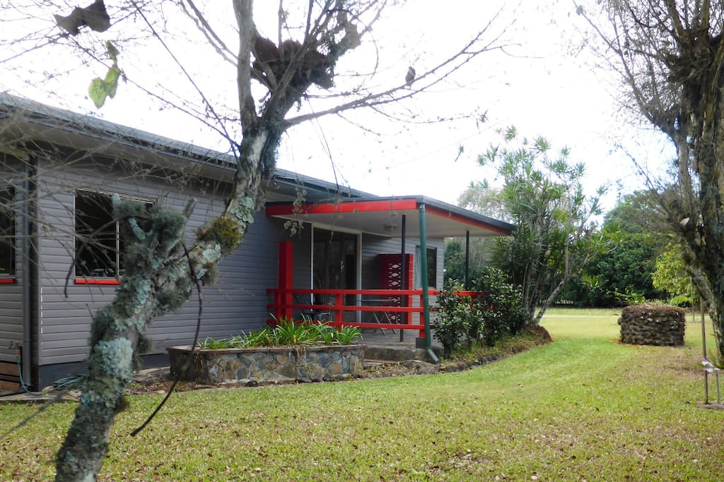 Ballyburra House