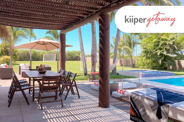 kiiper | Casa Brisa, Beach Getaway | 12 PPL