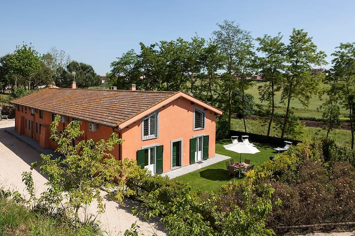 """""""Capizucchi"""" Apartment house (up to 25 guests)"""