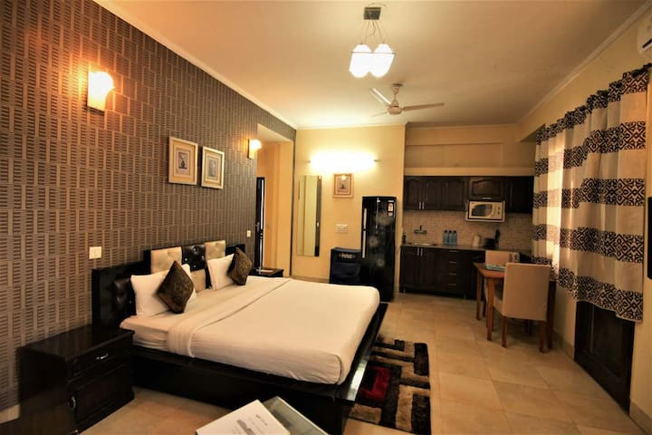Studios with kitchen in Gurgaon @Bedchambers