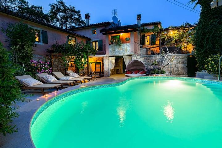 Authentic House Villa Albazora in Central Istria