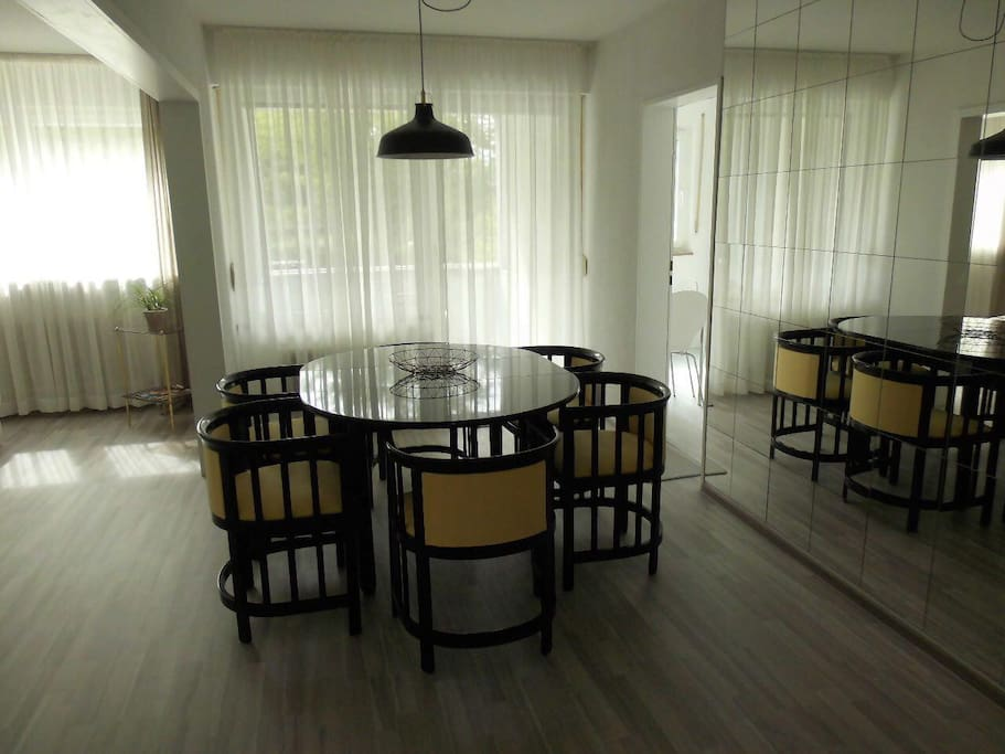 Dinning room - well lit dinning room for 4 to 6 people