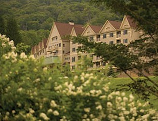 2 Bdrm DeluxeWyndham Bentley Brook, MA -Ski Area1