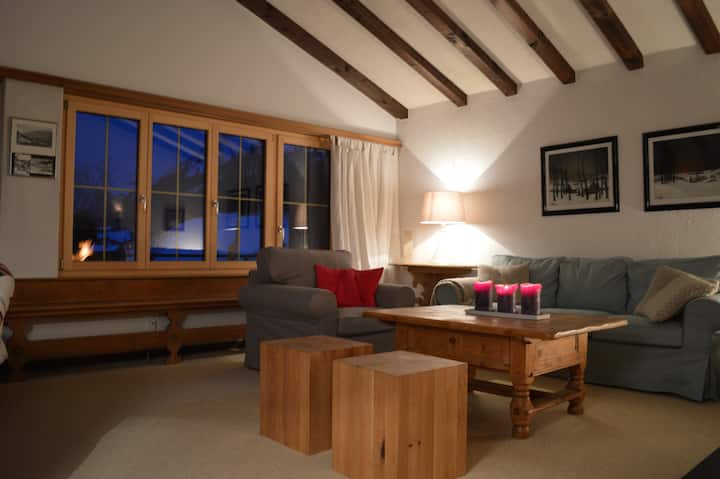 4.5 charming rooms with a view - 500m to gondola