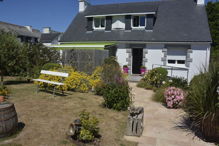 Belle maison avec terrasse - Larmor-Plage - Casa