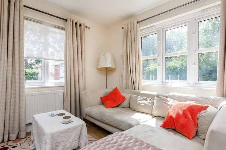 Dbl Rm + Private Bathroom Wimbledon - Londen - Appartement