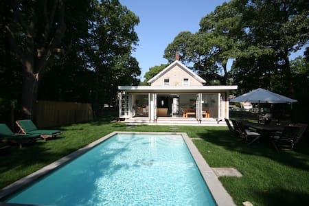 Beautiful Sag Harbor  Home w Pool
