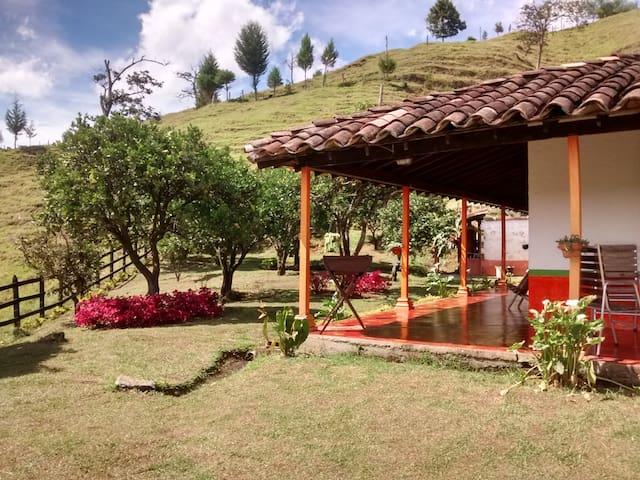 Finca Hotel El Eden