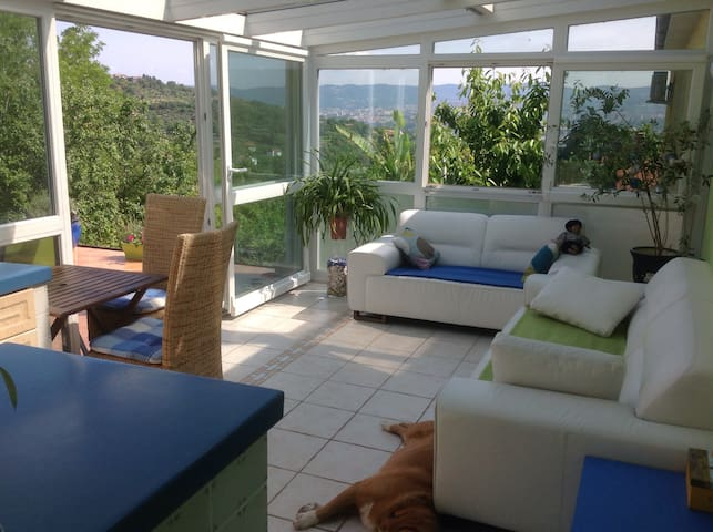 SPECIAL OFFER! Sunny large apartment-sea view :) - Cerej - Haus