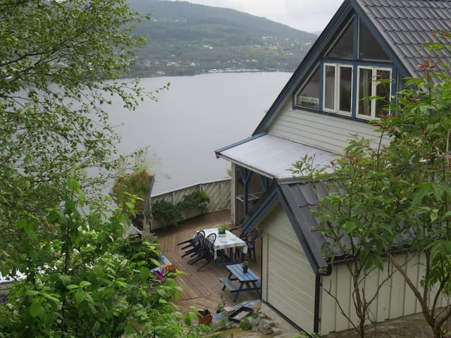 Eikeland, Osterøy - Valestrandfossen - Lägenhet