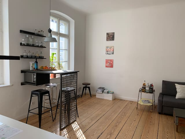 Central  apartment in MITTE directly at river