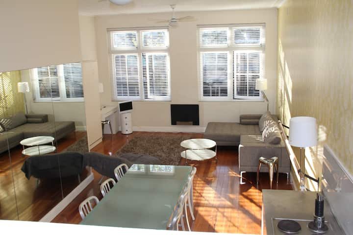 Potts Point Apt - Dance loft conv