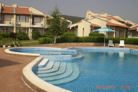 Villa Rosa - Kosharitsa