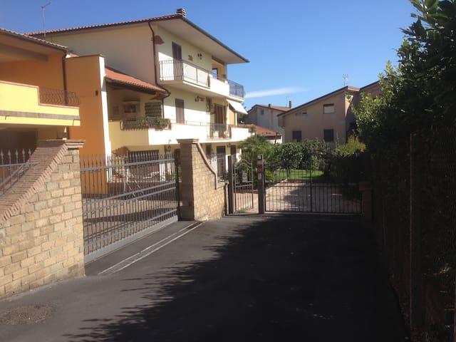Villa Vladi,Sogni Riposo Ristoro - Monterosi