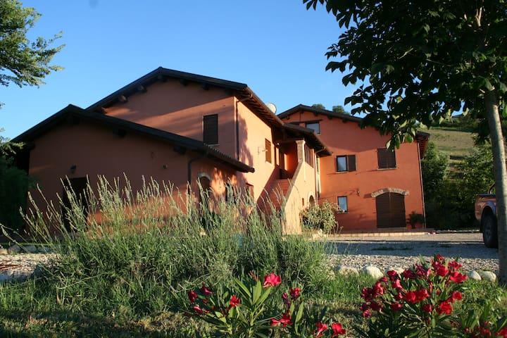 Appartamento  in Agriturismo - Città Sant'Angelo - วิลล่า