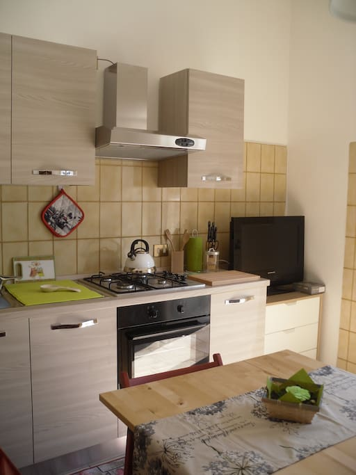 CUCINA KITCHEN