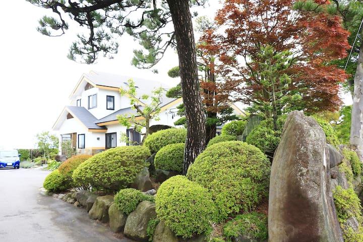☆☆☆Pittinn Farm Keyaki☆☆☆ 駅から徒歩4分超おススメ豪邸農家民泊 けやきの宿
