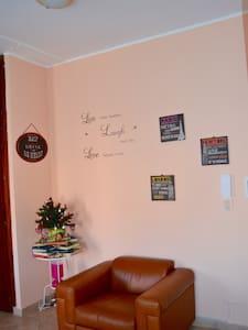 Luminoso e accogliente appartamento - Cercola