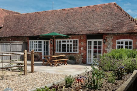 Pear Store cottage Nr Goodwood - Chichester - Hus