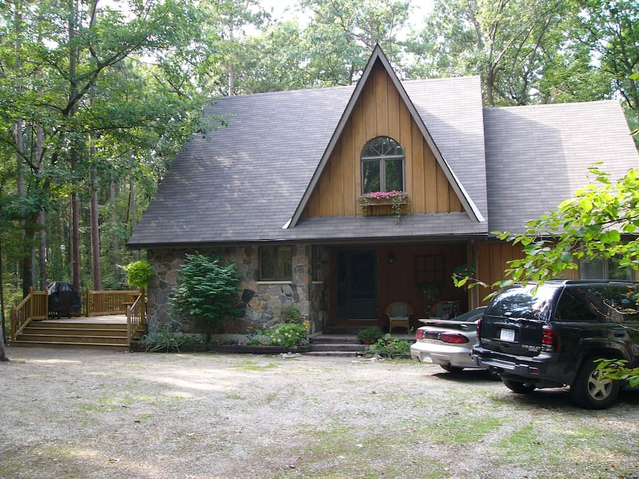 Grand Bend Cottage - Cabins for Rent in Lambton Shores ...