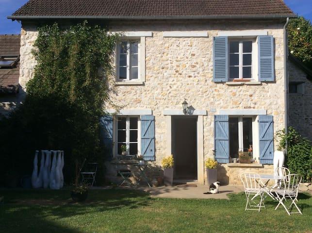 Jolie maison d artiste en normandie - Saint-Pierre-d'Autils - Rumah