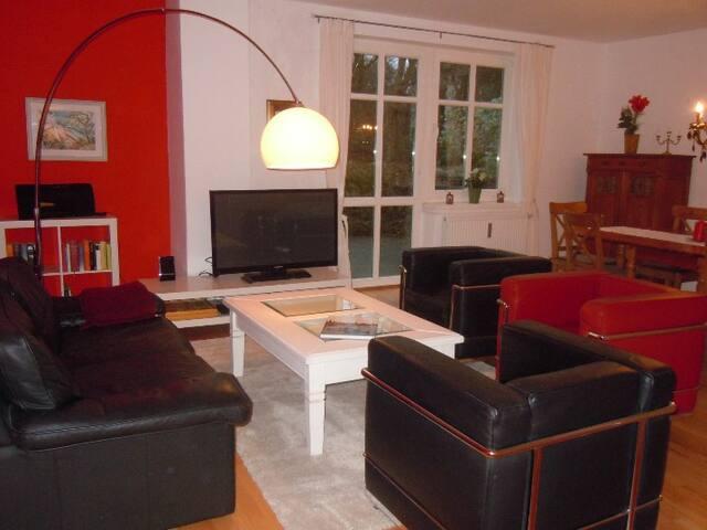 """Wohnung """"Villa Alt-Rahlstedt"""" - Hamburg - Apartment"""