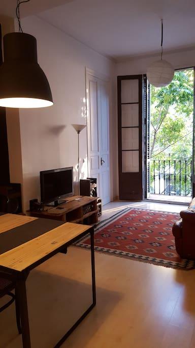 Apartamento c ntrico en el eixample appartamenti in for Appartamenti eixample barcellona