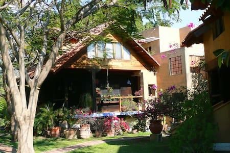 Pueblito magico para 25 invitados - Jiutepec - Villa