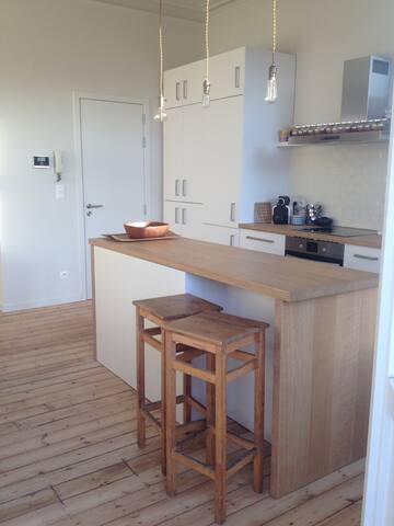Nice apartment near the city center - Schaerbeek - Huoneisto