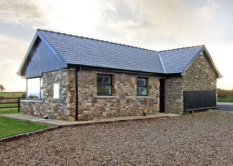 Caitlins Cottage Cabins For Rent In Clashmore Waterford