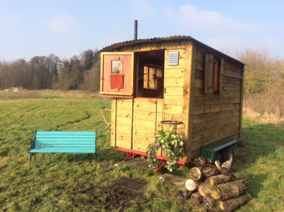 Romantic Shepherd's hut