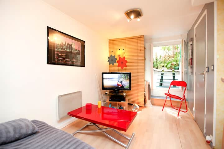 CHARMING INDEPENDENT STUDIO OF THE MARAIS
